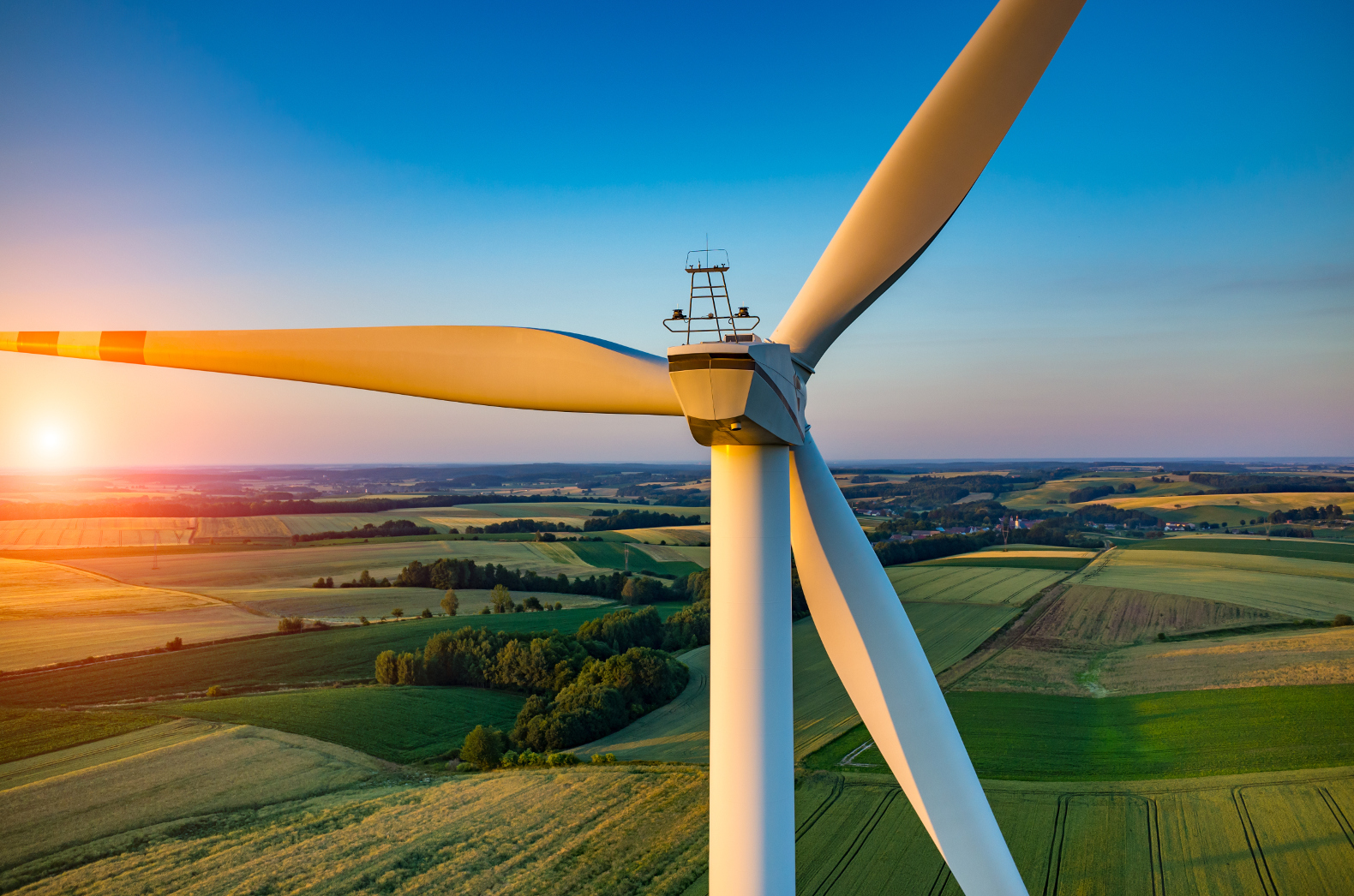 Invest in UK's Wind Turbine Energy from £5000